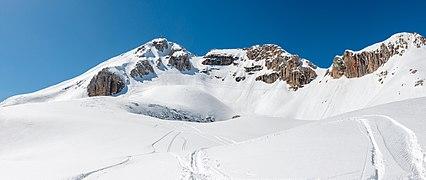 Cima Boé lato est sul Sella Dolomiti di Belluno.jpg