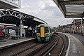 Clapham Junction railway station MMB 19 377212.jpg