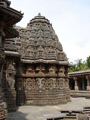 Hoysala architecture - Profile of a Hoysala temple at Somanathapura