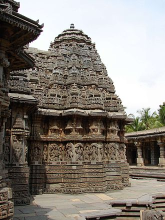 Hoysala architecture - Profile of a Hoysala temple at Somanathapura
