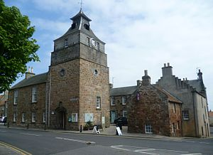 Crail - Crail Tolbooth (on the left)