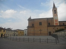 A square in Credera Rubbiano.