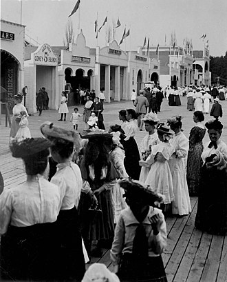 """The Beaches - Crowds at Scarboro Beach Park in 1907, which was a popular amusement park in Toronto between 1907 and 1925. The park, located between Kew and Balmy beaches, was eventually demolished and subdivided into residential lots, and one of the new streets was named """"Scarboro Beach Boulevard""""."""