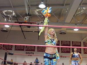 Daizee Haze - Haze with her signature plastic daisy.