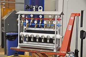 Manifold (fluid mechanics) - Industrial manifold