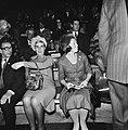 De prinses op de tribune, Bestanddeelnr 926-8293.jpg