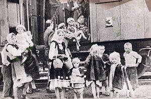 Refugees of the Greek Civil War - Refugee children fleeing across the border