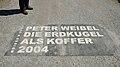Die Erdkugel als Koffer by Peter Weibel, Österreichischer Skulpturenpark - sign.jpg
