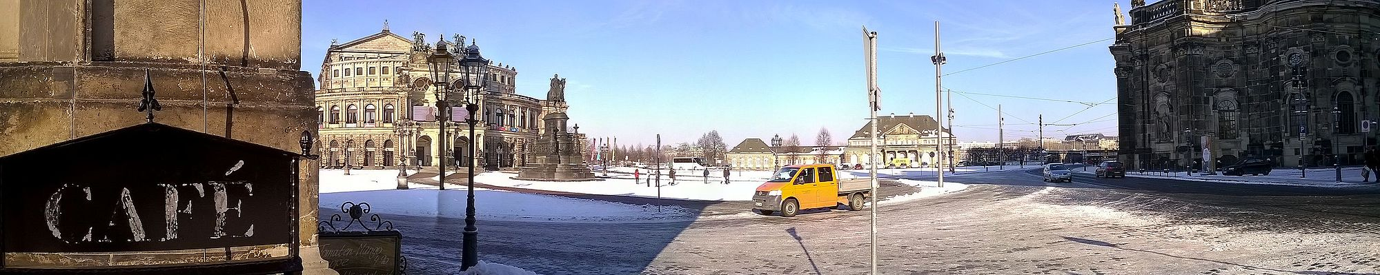 Die Semperoper in Dresden Winter Panorama Image 0001 Lupus in Saxonia