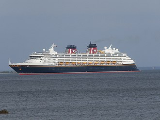 Disney Cruise Line - Image: Disney Magic arriving at Tallinn 1 June 2015