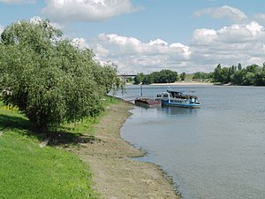 Bender, Moldova - Image: Dniester in Bender 04