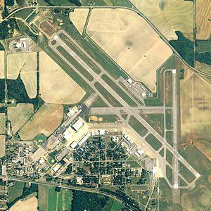 Dothan Regional Airport - NAIP aerial image, June 2006