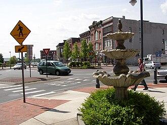 Glens Falls, New York - Centennial Circle, a five-leg roundabout in downtown Glens Falls