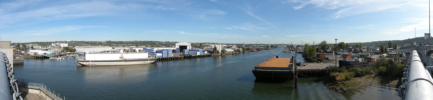 Duwamish Waterway, looking upstream toward South Park.