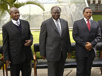 East African Community - From left to right: President Yoweri Museveni of Uganda, President Mwai Kibaki of Kenya, and President Jakaya Kikwete of Tanzania during the eighth EAC summit in Arusha, November 2006.