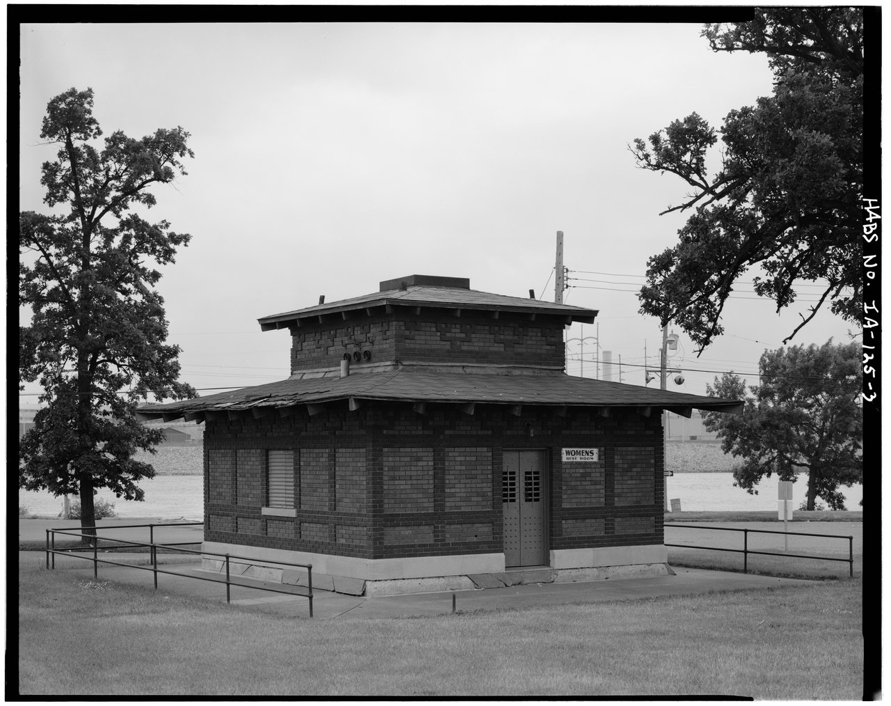 File exterior east and north side waterloo water works - 600 exterior street bronx ny 10451 ...