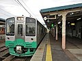 Echigo Tokimeki Railway ET127 V6 at Arai Station.jpg
