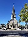Eglise de Saint-Nicolas-de-Bourgueil.jpg