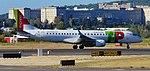 Embraer 190 TAP portela CS-TPQ.jpg