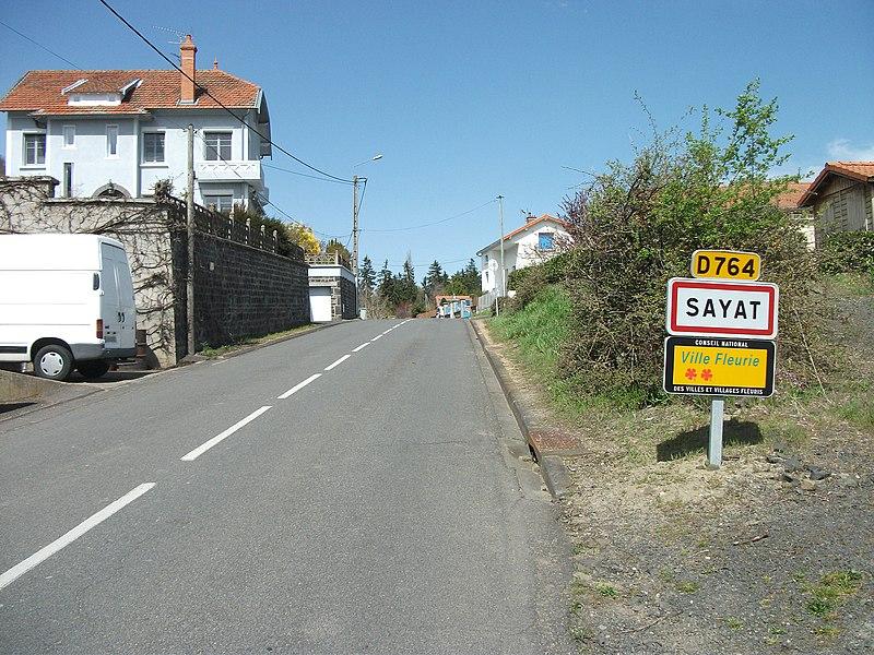Entrance of Sayat by departmental road 764. Elevation: 435m/1,427ft