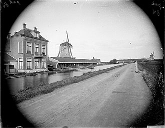 Haarlemmertrekvaart - The Haarlemmer trekvaart and the Haarlemmerweg late 19th century