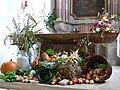 Esenhausen Pfarrkirche Erntedankdekoration.jpg
