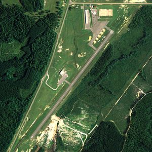 Florala Municipal Airport - NAIP aerial image, 20 August 2006