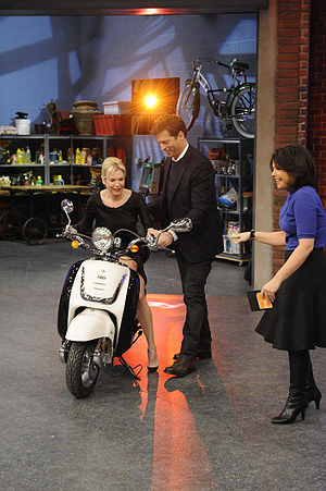 Harry Connick Jr. - Harry Connick Junior and Renée Zellweger at the Rachael Ray show, January 30, 2009