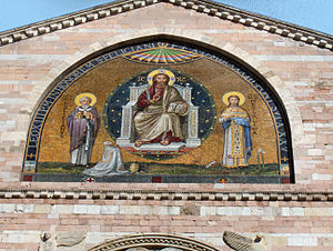 Foligno Cathedral - Mosaic on top of the façade