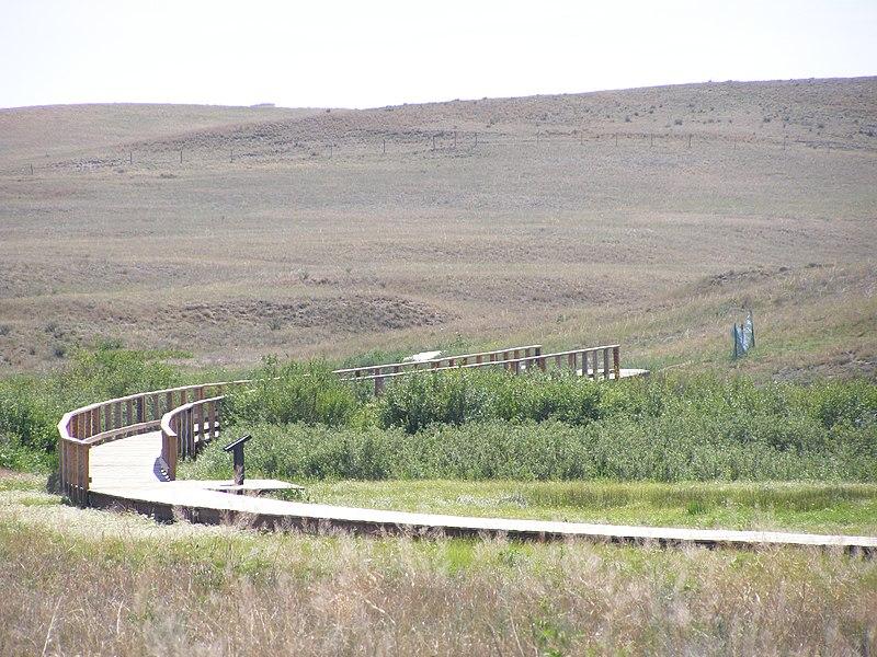 File:Fossil Hills Trail at Niobrara River P7180303.jpg