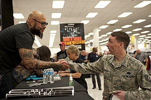 Frank Ferrer - Ferrer meeting a United States Air Force member in 2014.