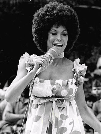 Freda Payne - Payne performing at the Walter Reed Army Hospital for a taping of The Ed Sullivan Show, October 1970.