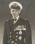 Frederick IX in 1947 Crop.png