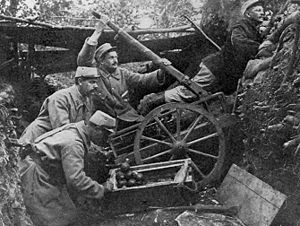 French troops using a catapult to throw hand g...