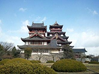 Fushimi Castle - Image: Fushimimomoyamajo 03