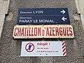 Gare de Châtillon (Rhône) - Panneaux sens des voies (août 2018).jpg