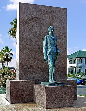 Sidney Sherman - Memorial to General Sidney Sherman on main boulevard in Galveston