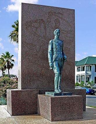 Sidney Sherman - Memorial to General Sidney Sherman on main boulevard in Galveston