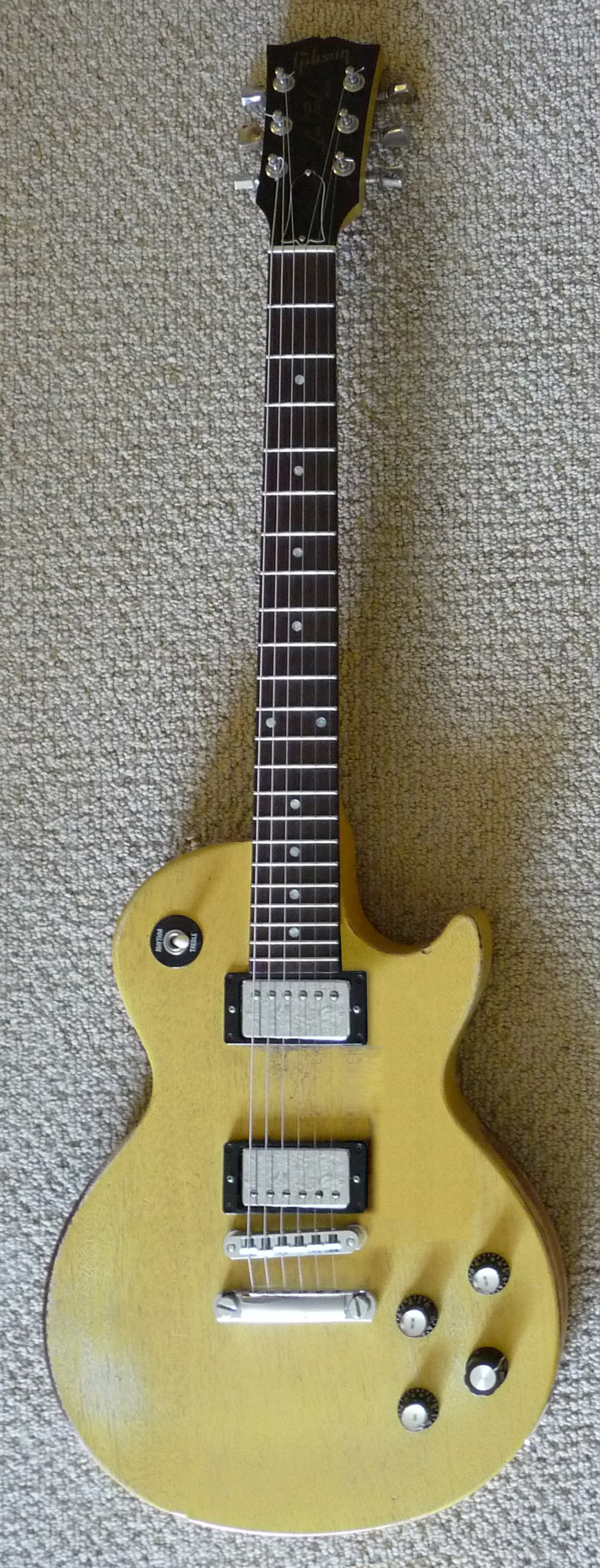 Gibson Les Paul Special Faded TV Yellow - old speed knobs were swapped with SG Top Hat knobs