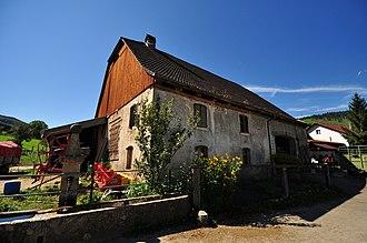 Glovelier - Glovelier farm house