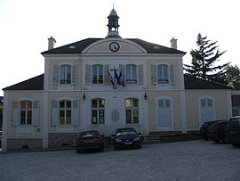 Gouvernes - Town Hall.jpg