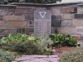 Grabmal von KZ Häftlingen - Friedhof Limbach.jpg