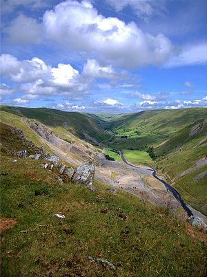 Banc Ty'nddôl sun-disc - Image: Graig y Ddalfa at Cwmystwyth lead mines by Rudi Winter