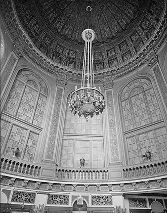 Grand Riviera Theater - Image: Grand Rivera Rotunda 1970