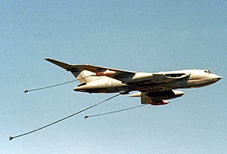 Handley Page Victor - Victor K.2 of No. 55 Squadron RAF in 1985; note the deployed refuelling drogues