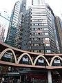 HK CWB 銅鑼灣 Causeway Bay 怡和街 Yee Wo Street ring shape footbridge June 2019 SSG 03.jpg