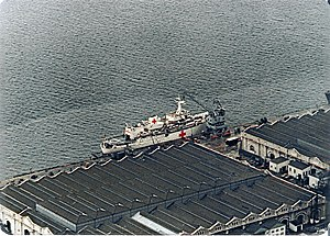 HMS Hecla (A133) - Image: HMS Hecla 1982 Gibraltar