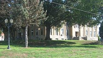 Hamilton County, Illinois - Image: Hamilton County Courthouse in Mc Leansboro