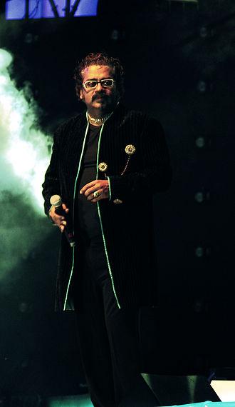 Hariharan (singer) - Hariharan performing at A R Rahman's concert, Sydney (2010)
