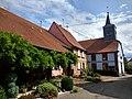 Hinsbourg Église depuis rue Principale.jpg